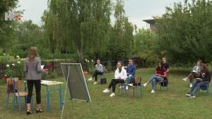 Kružni tokovi u školama, nastava na otvorenom - U samoizolaciji je 119 nastavnika i više od 3400 učenika